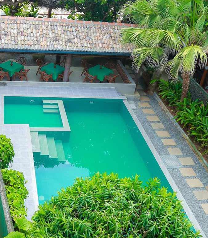 Green Garden Pools
